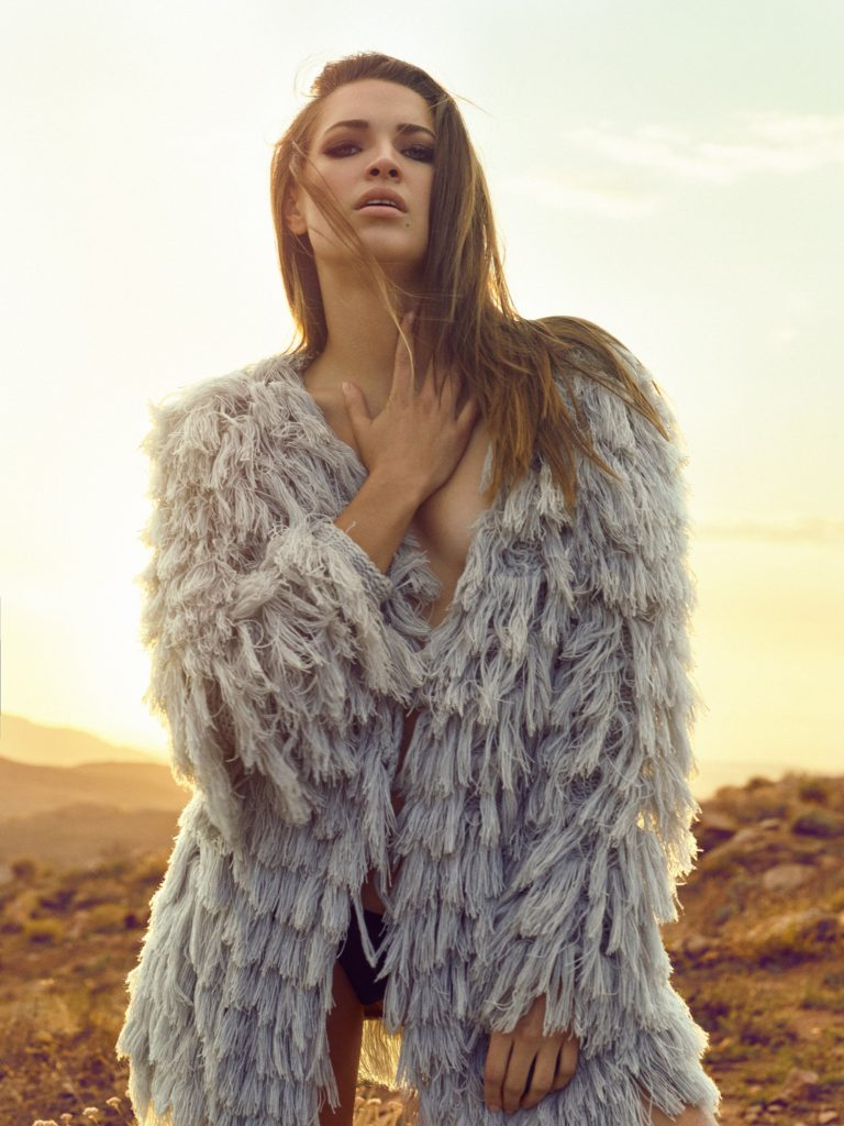 The Last One Standing Fashion Editorial in the Desert. Photos by @vibrantshotphoto