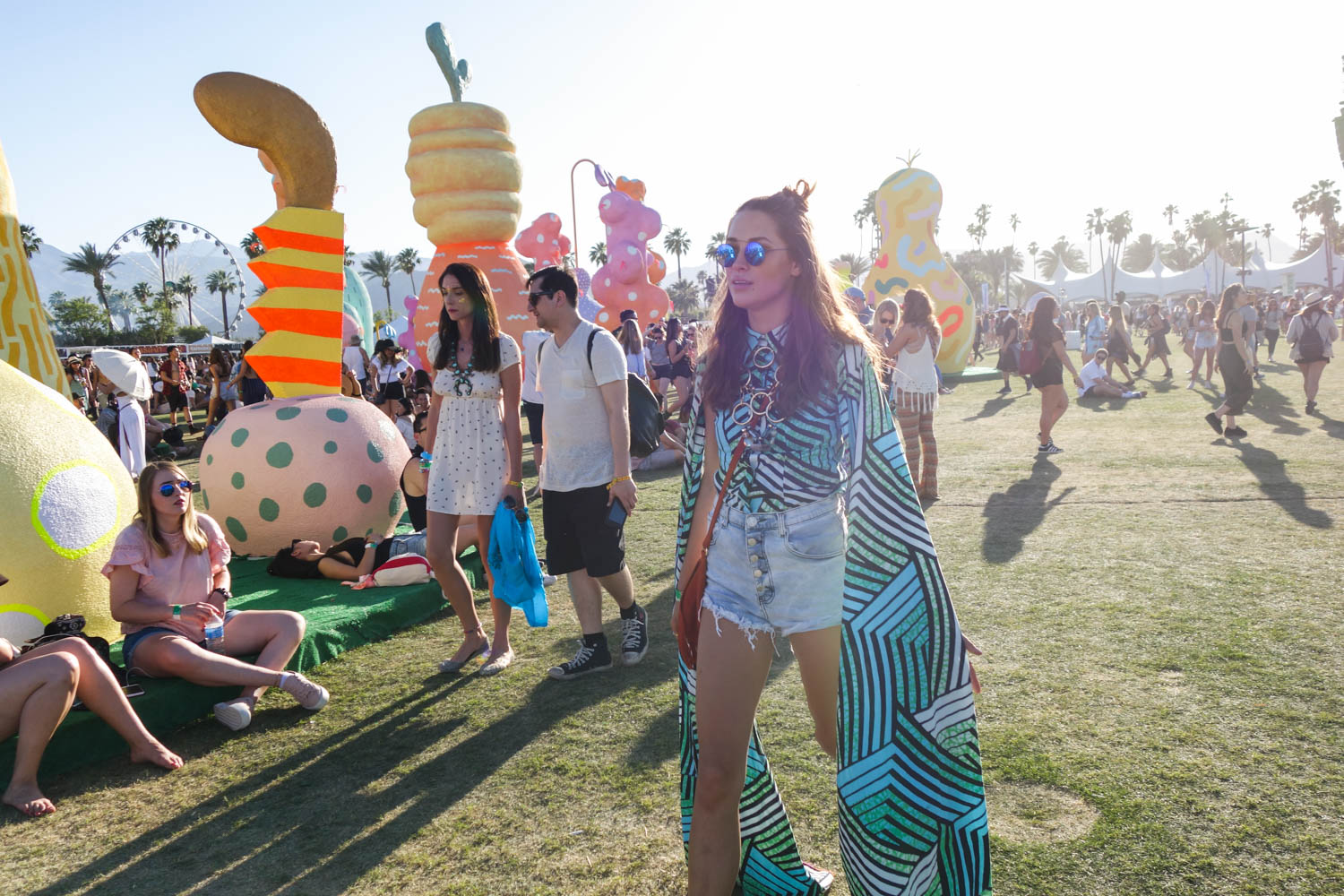 Coachella 2017 Weekend 1 festival fashion style seen on blogger model Xenia.Mz. Photos by Samuel Black