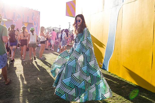 Coachella 2017 Weekend 1 festival fashion style seen on blogger model Xenia.Mz. Photos by Samuel Black